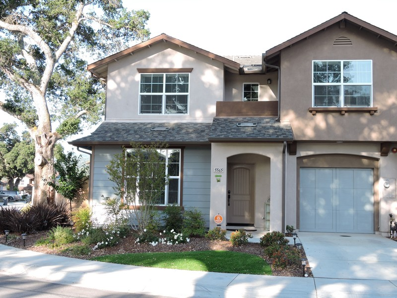 Single Family Home for Sale at Oakhaven Village 5565 Madrono Place Atascadero, California, 93422 United States