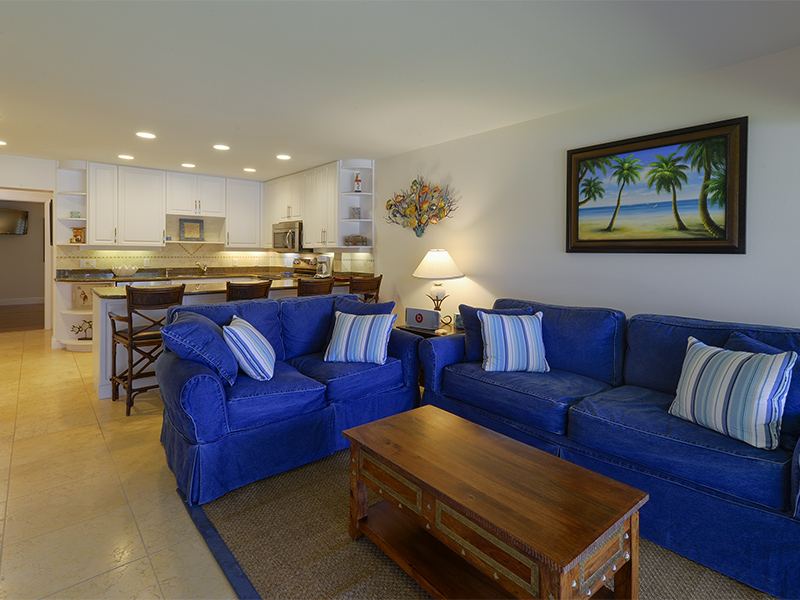 Copropriété pour l Vente à Waterfront Condominium at Ocean Reef 16 Anchor Drive, Unit B Ocean Reef Community, Key Largo, Florida 33037 États-Unis