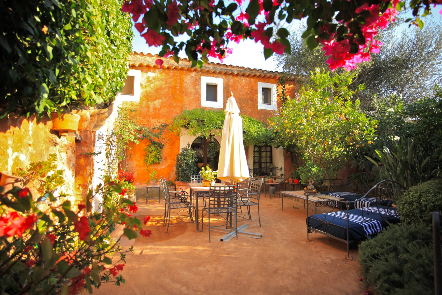 Single Family Home for Sale at Harmonious country estate in Santa Maria Santa Maria Del Cami, Mallorca, 07001 Spain
