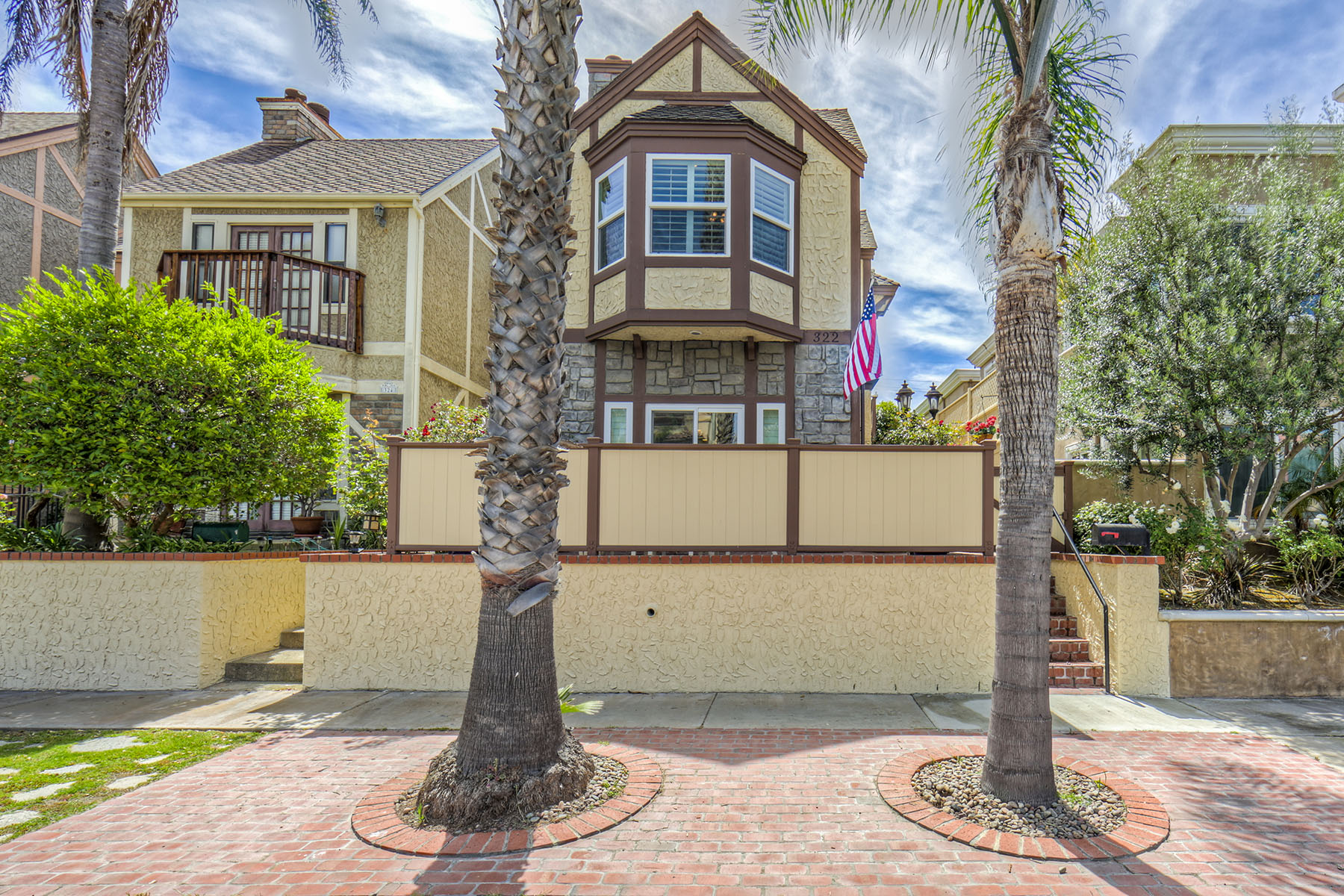 Single Family Home for Sale at 322 18th Street Huntington Beach, California 92648 United States