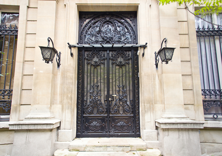 Adosado por un Venta en Charming Private Mansion - Triangle d'Or Paris, Paris 75008 Francia