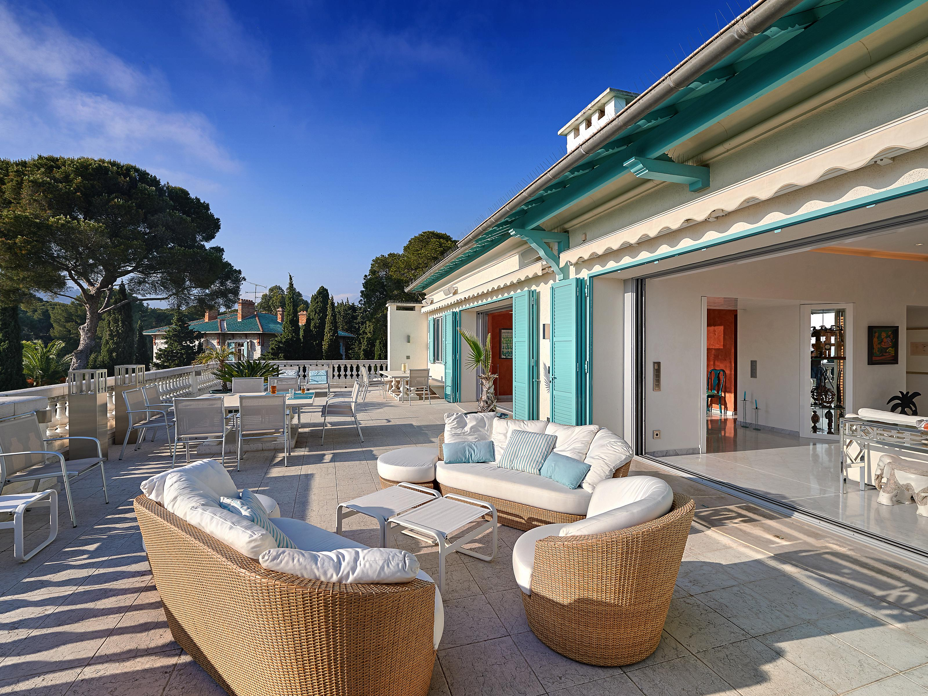 Apartment for Sale at Cap Martin, 2 luxury apartments for sale in a Belle Epoque mansion Roquebrune Cap Martin Roquebrune Cap Martin, Provence-Alpes-Cote D'Azur 06190 France