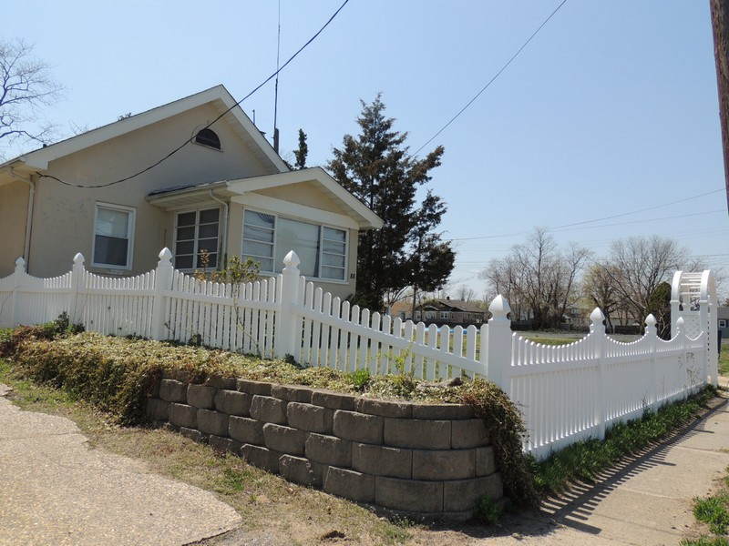 Multi-Family Home for Sale at 88B Francis Place Keansburg, 07734 United States