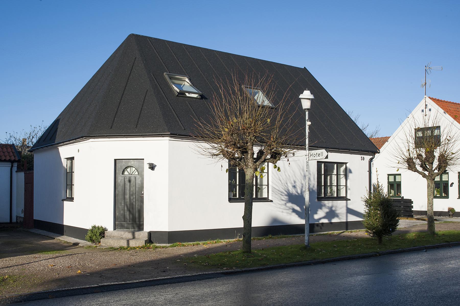Nhà ở một gia đình vì Bán tại A charming, newly renovated street house in central Skanör Mellangatan 59 Other Skane, Skane 23930 Thụy Điển