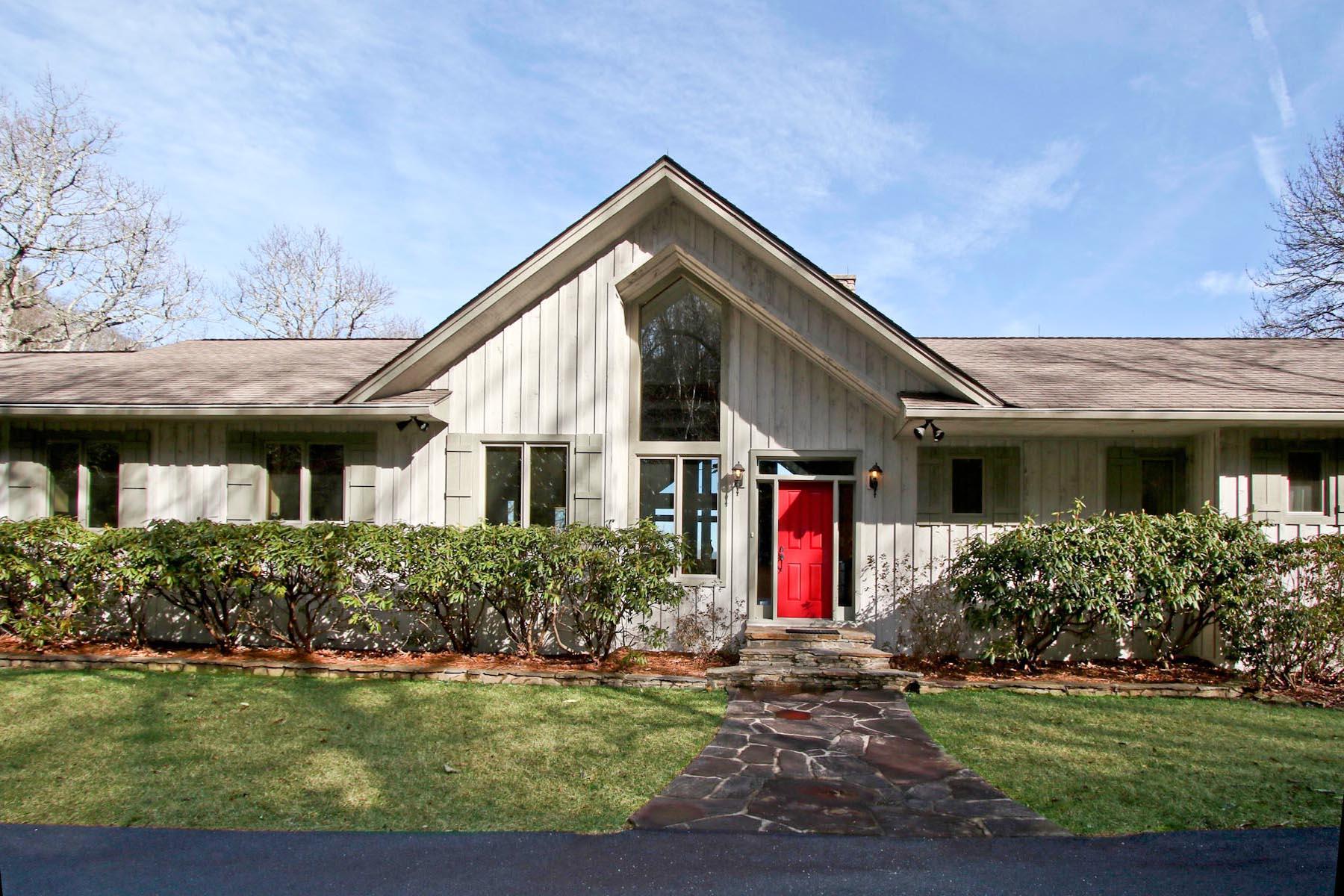 Casa Unifamiliar por un Venta en 51 Lower Brushy Face Circle Highlands, Carolina Del Norte, 28741 Estados Unidos