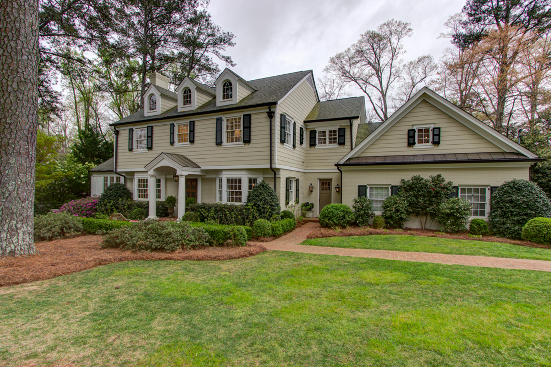 Single Family Home for Sale at In the Heart of Brookhaven 4172 Club Drive Brookhaven, Atlanta, Georgia, 30319 United States