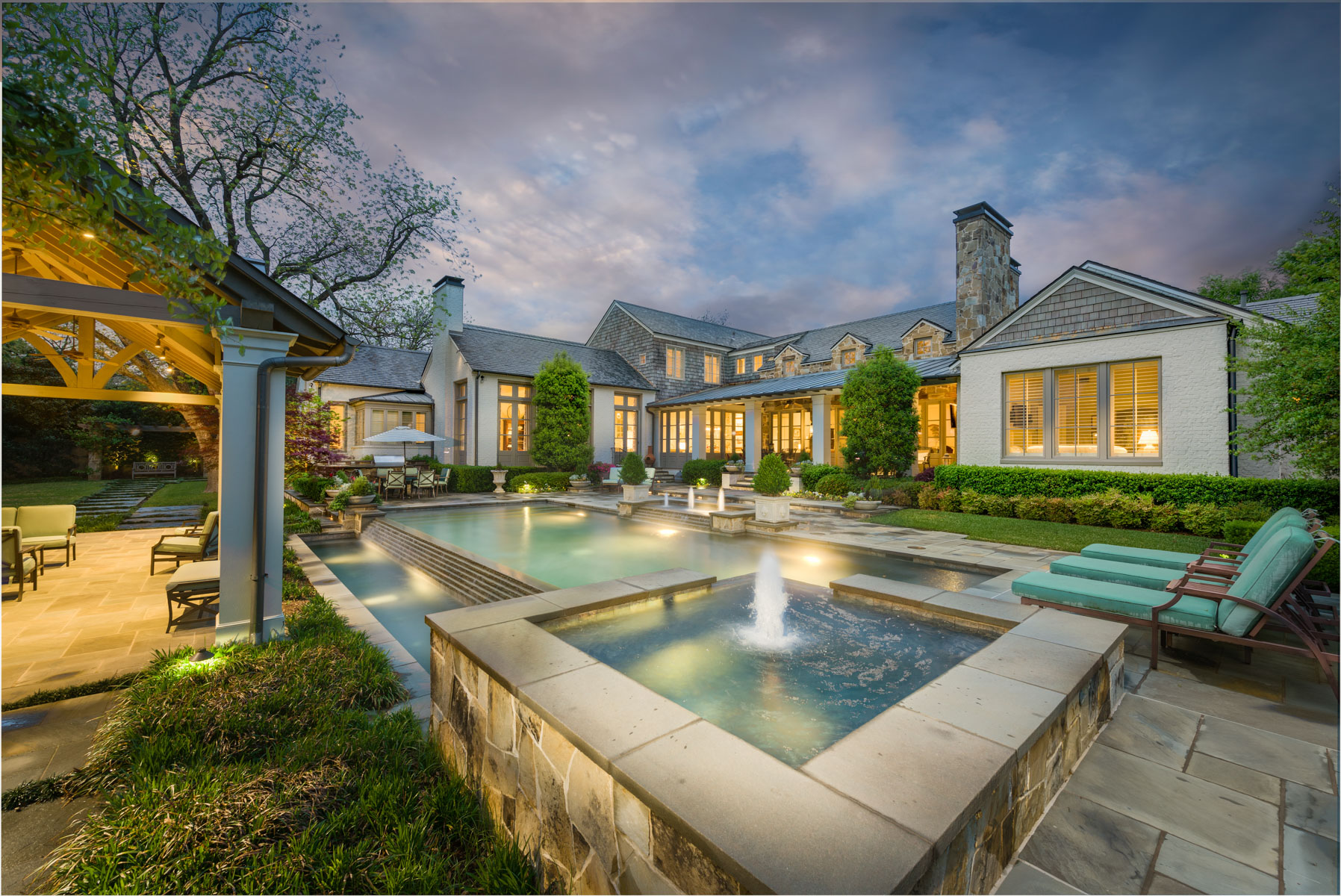 Moradia para Venda às Exceptional Preston Hollow Estate 5722 Park Lane Dallas, Texas, 75225 Estados Unidos