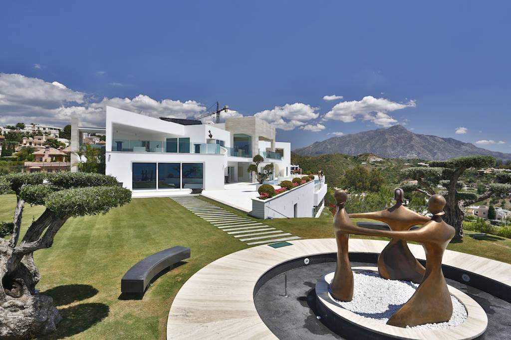 Tek Ailelik Ev için Satış at A truly spectacular contemporary property with exceptional qualities Benahavis Marbella, Costa Del Sol 29679 Ispanya