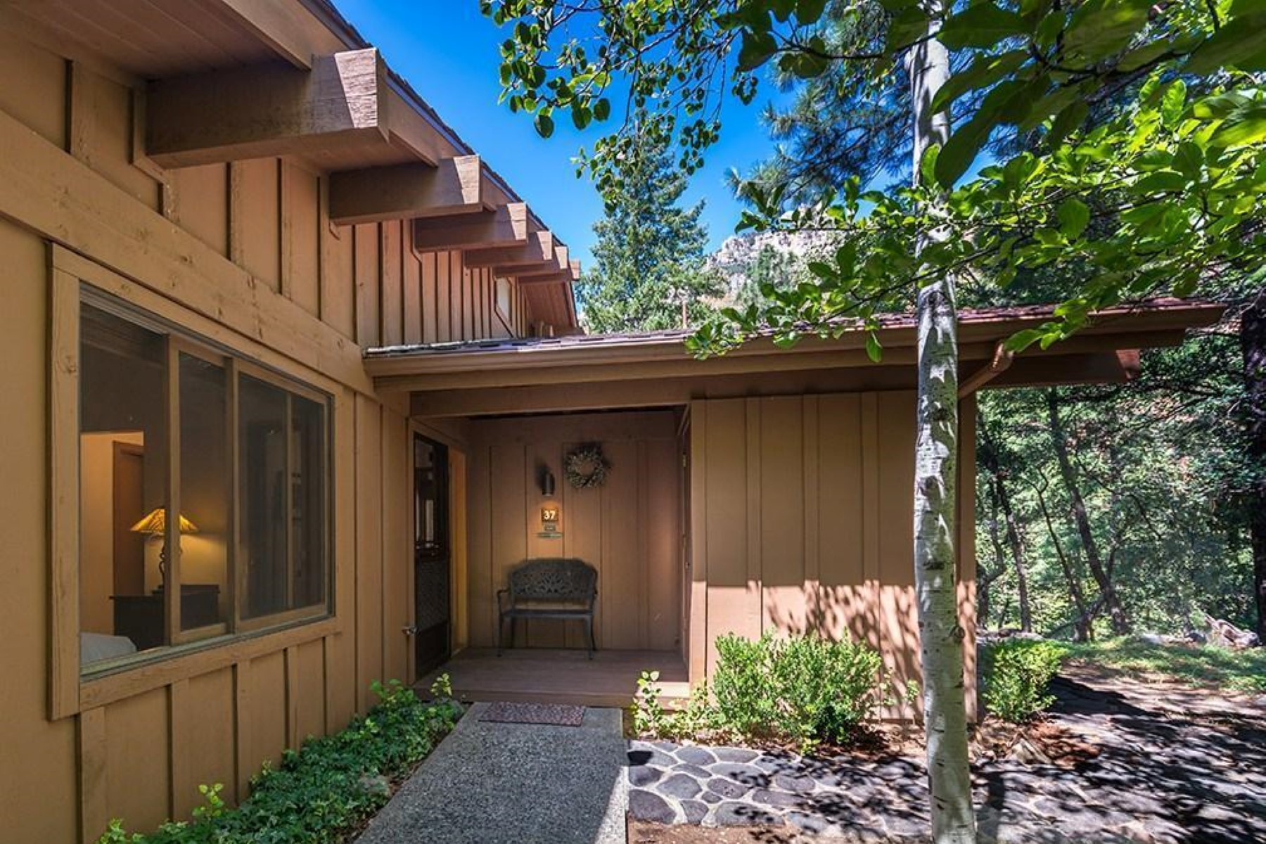 Single Family Home for Sale at Lovely townhome perched on top of a hill 8351 N State Route 89a 37 Sedona, Arizona, 86336 United States