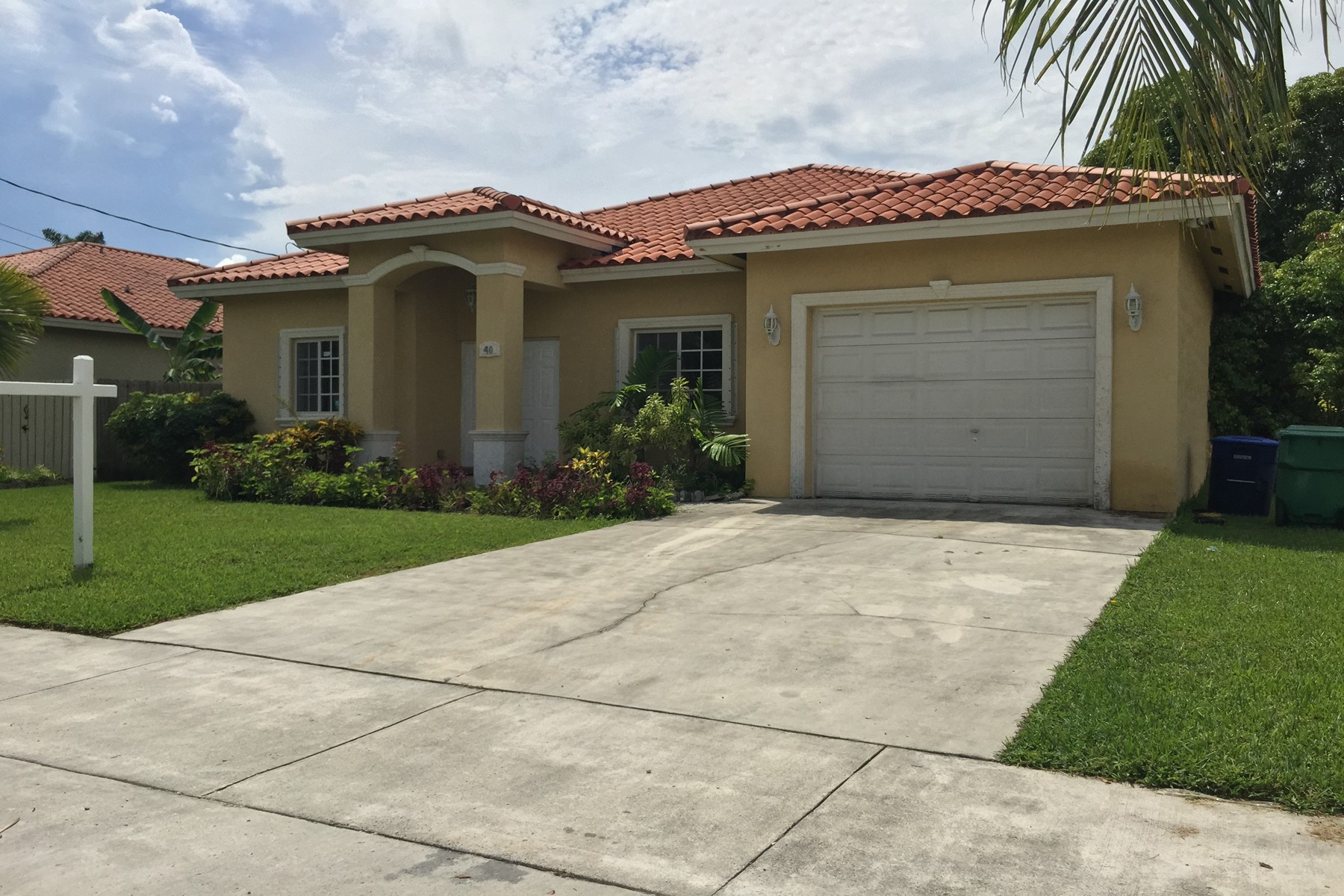 Single Family Home for Sale at 40 NW 161 ST Miami, Florida 33169 United States