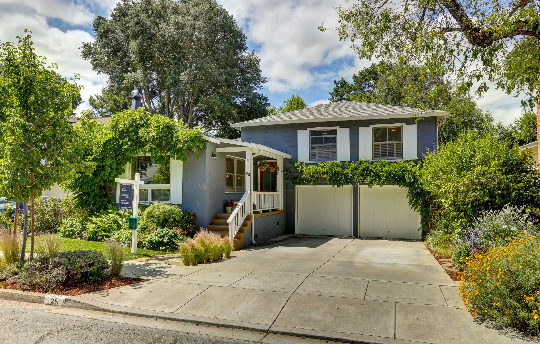 獨棟家庭住宅 為 出售 在 Charming San Anselmo Remodel 35 Brookside Drive San Anselmo, 加利福尼亞州, 94960 美國