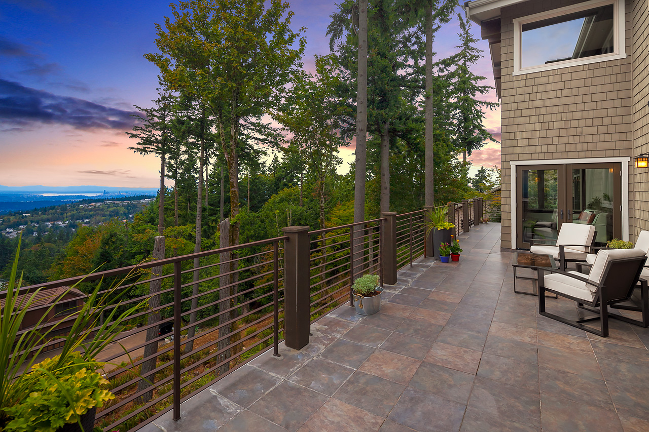 Additional photo for property listing at Exceptional Home, Exceptional Views! 6328 170th Place Bellevue, Washington 98006 United States