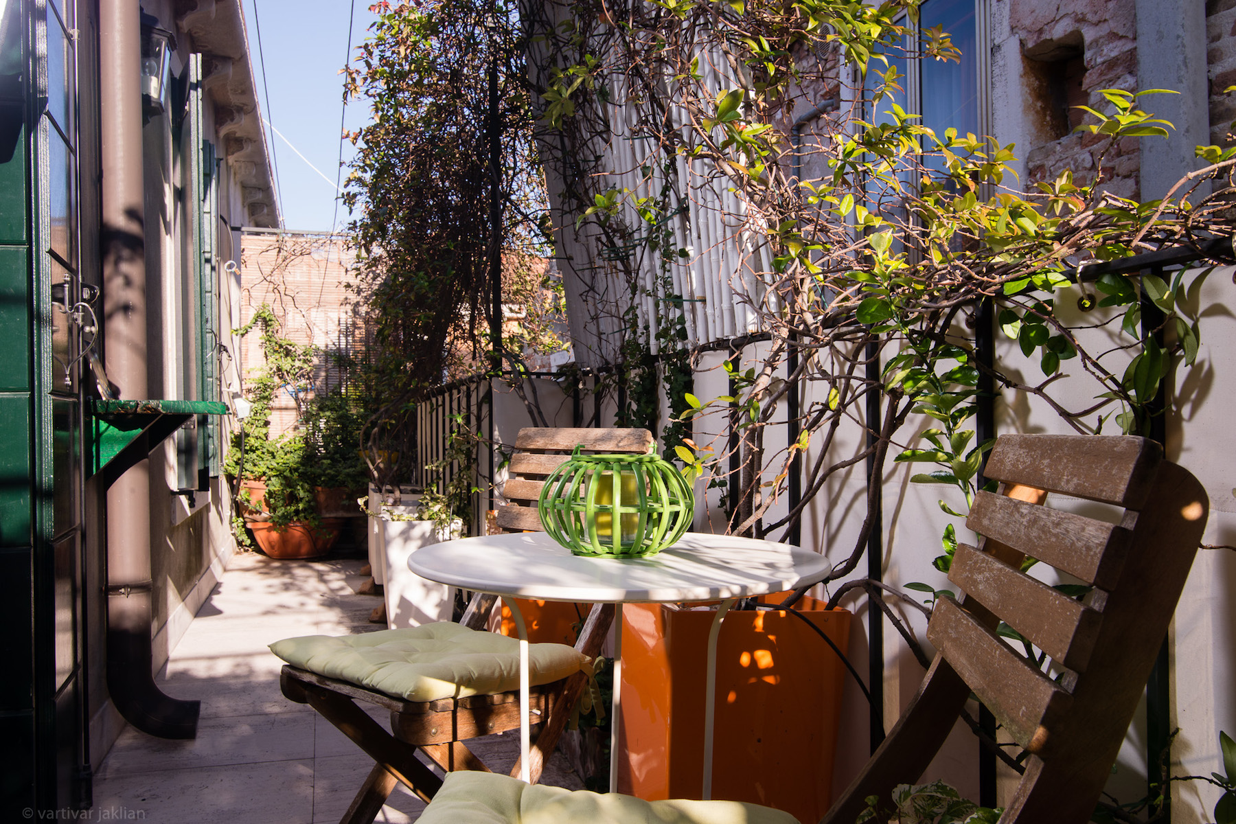 Additional photo for property listing at Charming Pied a Terre with Terrazzino  Castello Venezia, Venice Italien