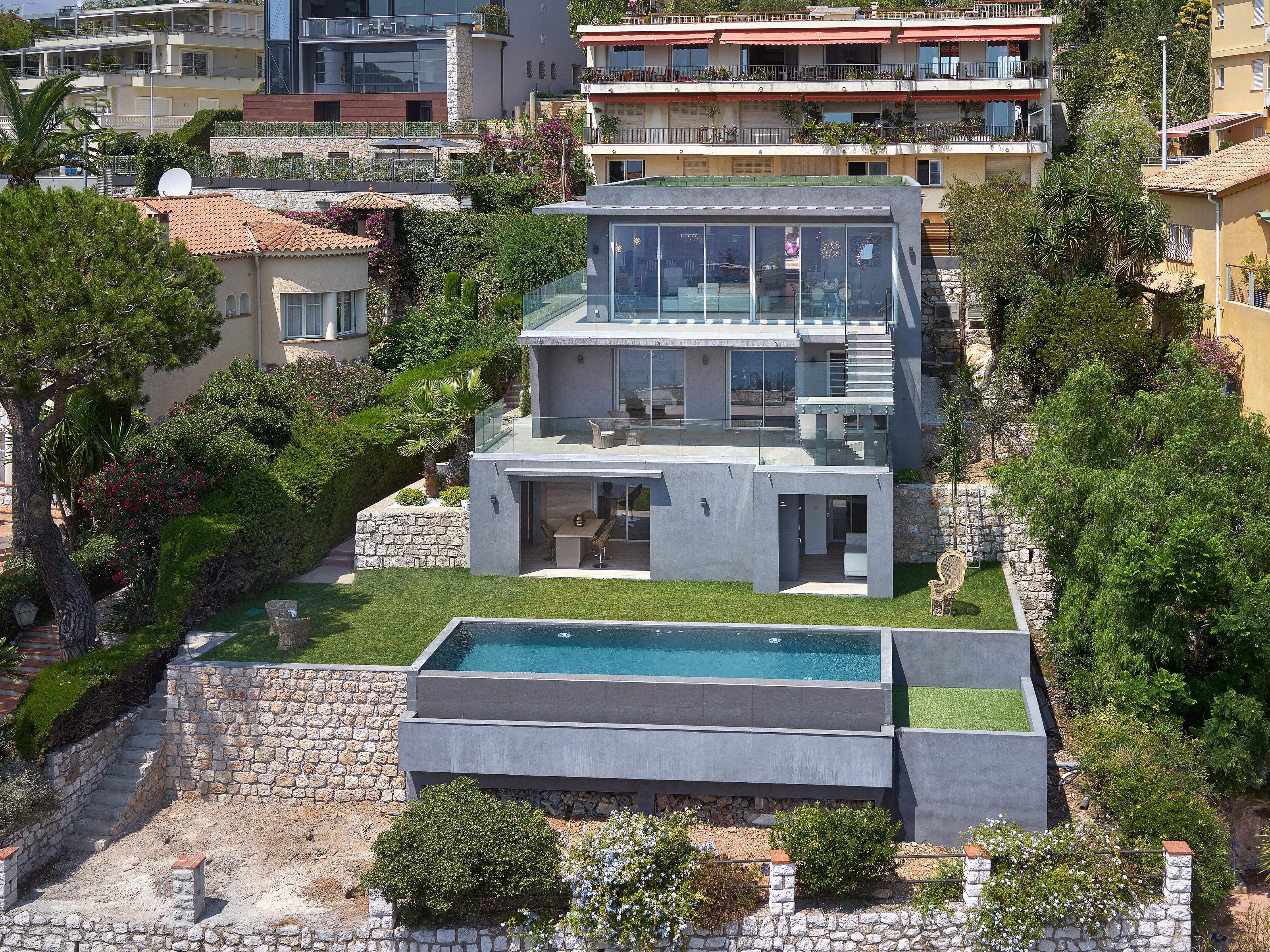 단독 가정 주택 용 매매 에 Contemporary villa with sea views in Villefranche Villefranche Sur Mer, 프로벤스 앞ㄹ프스 코테 D'Azur 06230 프랑스
