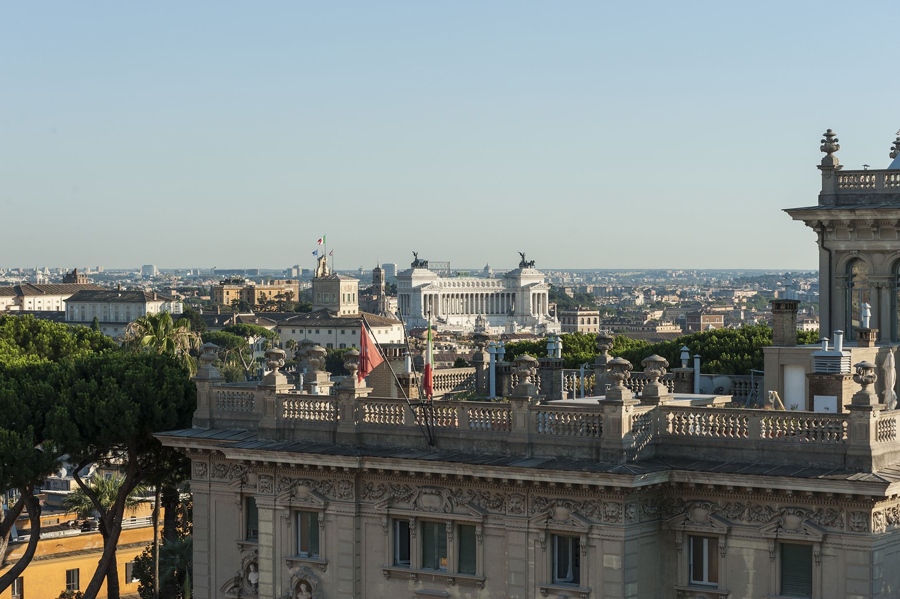 Additional photo for property listing at Stunning penthouse with 360 ° view of the eternal city Rome, Rome Italy