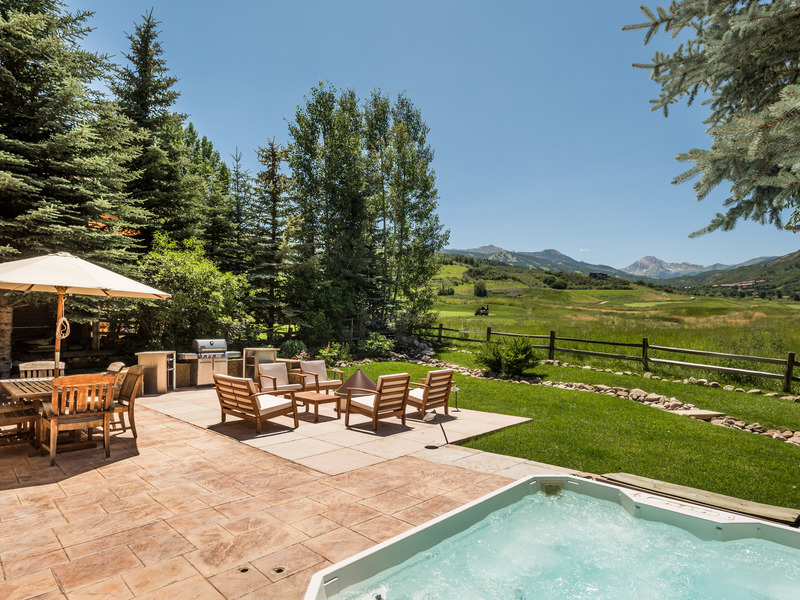 Casa Unifamiliar por un Venta en Clean Lines, Big Views 477 Fairway Drive Snowmass Village, Colorado 81615 Estados Unidos