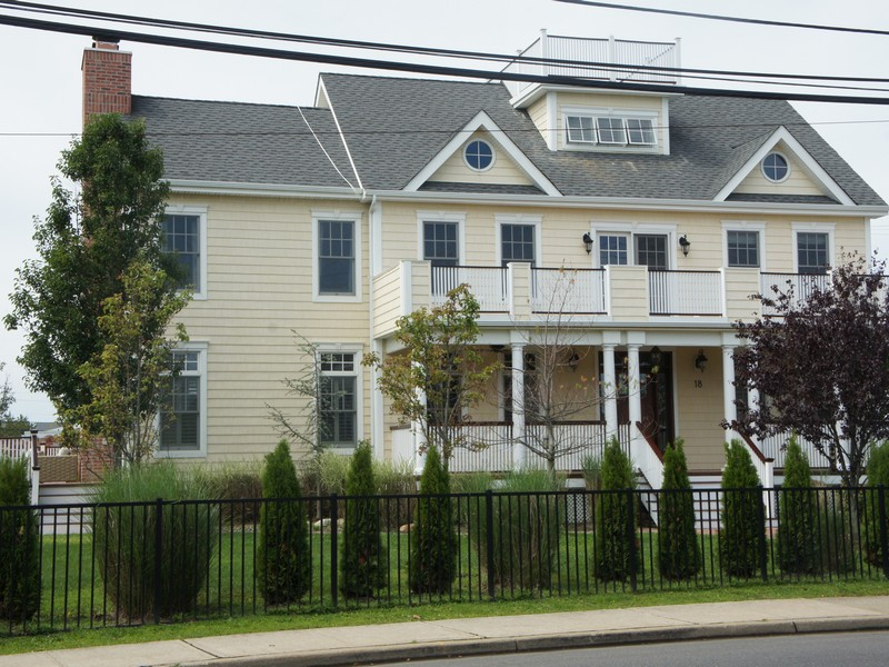 Property For Sale at 18 Riverdale Ave