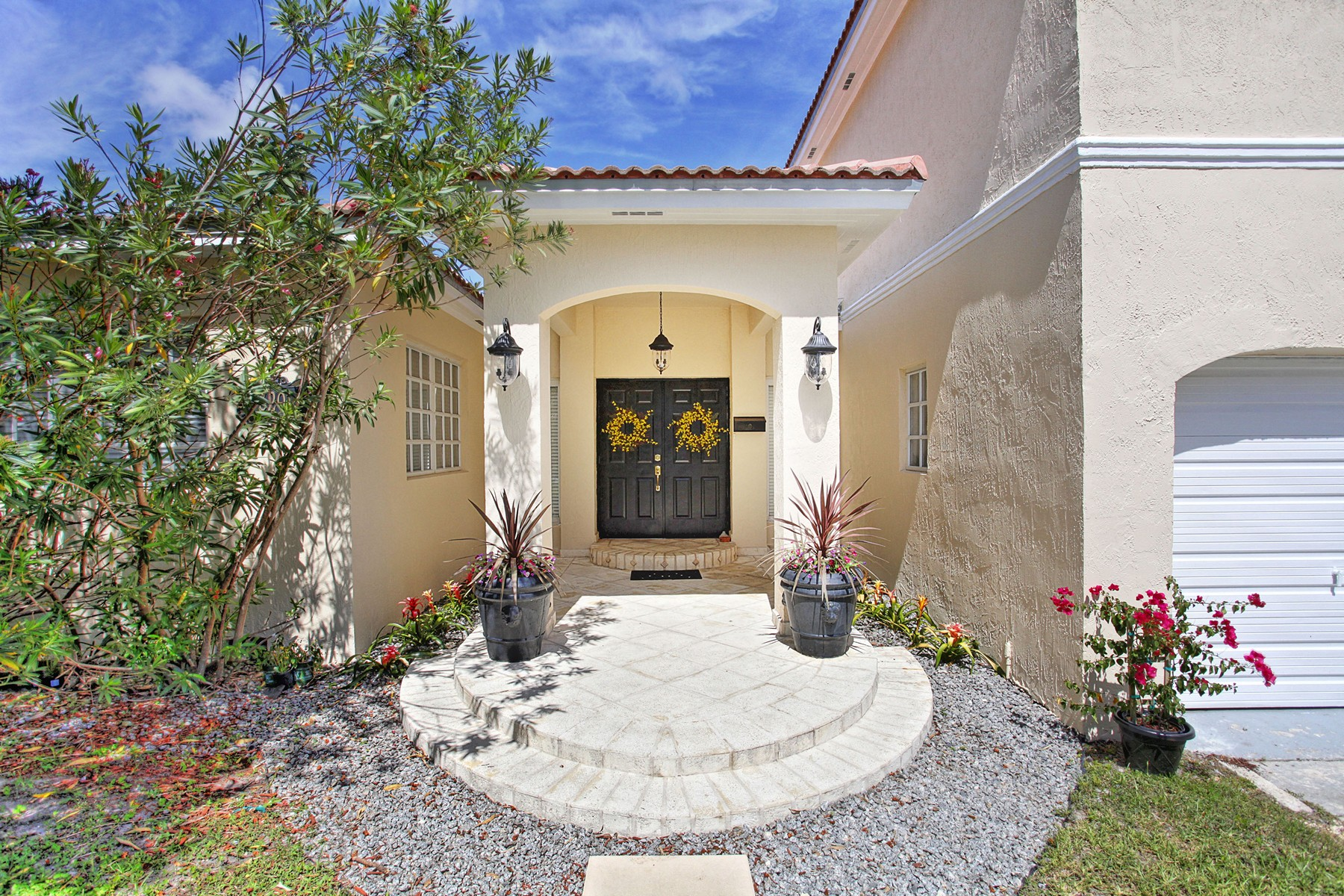 Property For Sale at 3291 SW 57 Ct.