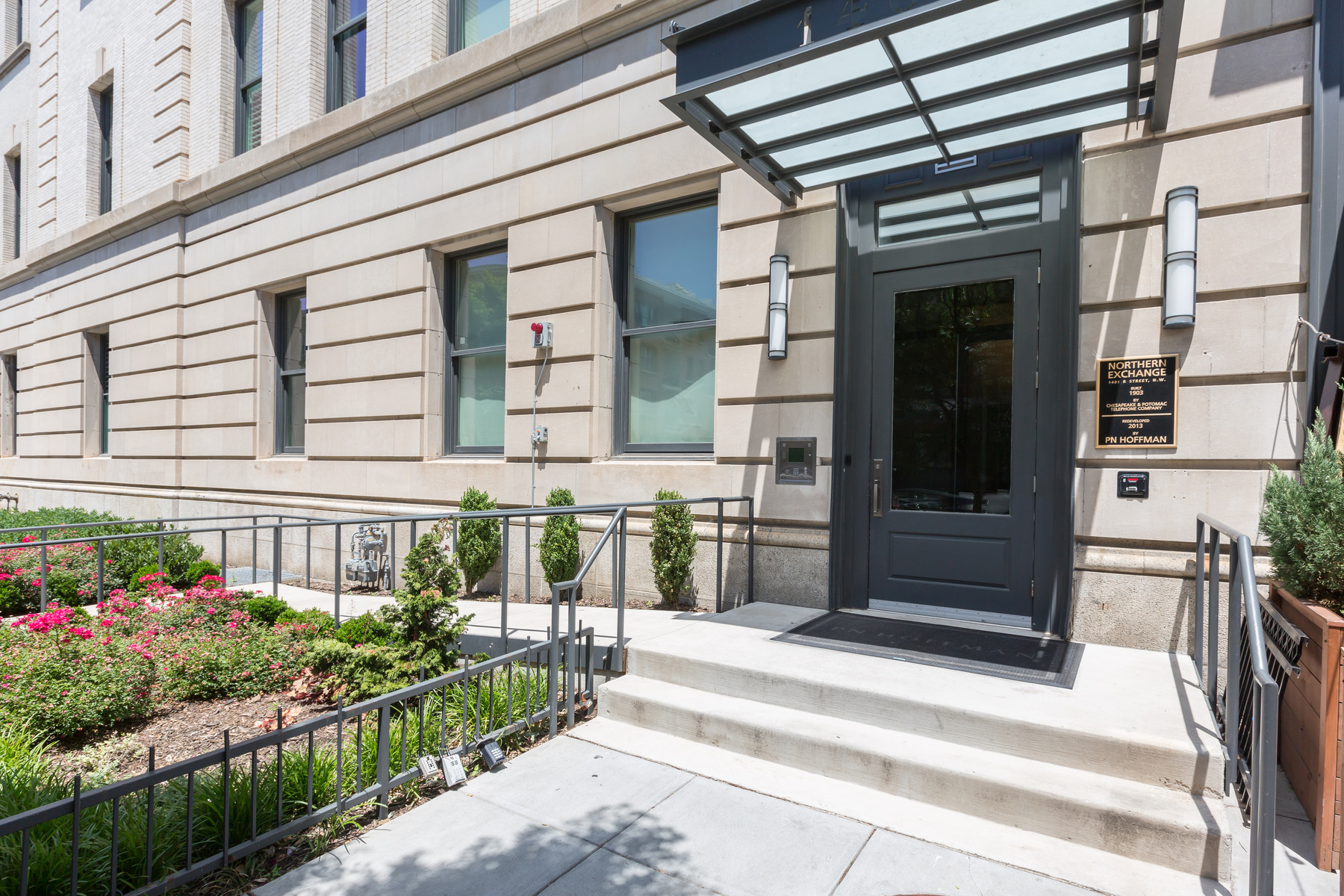 sales property at 1401 R Street Nw 303, Washington
