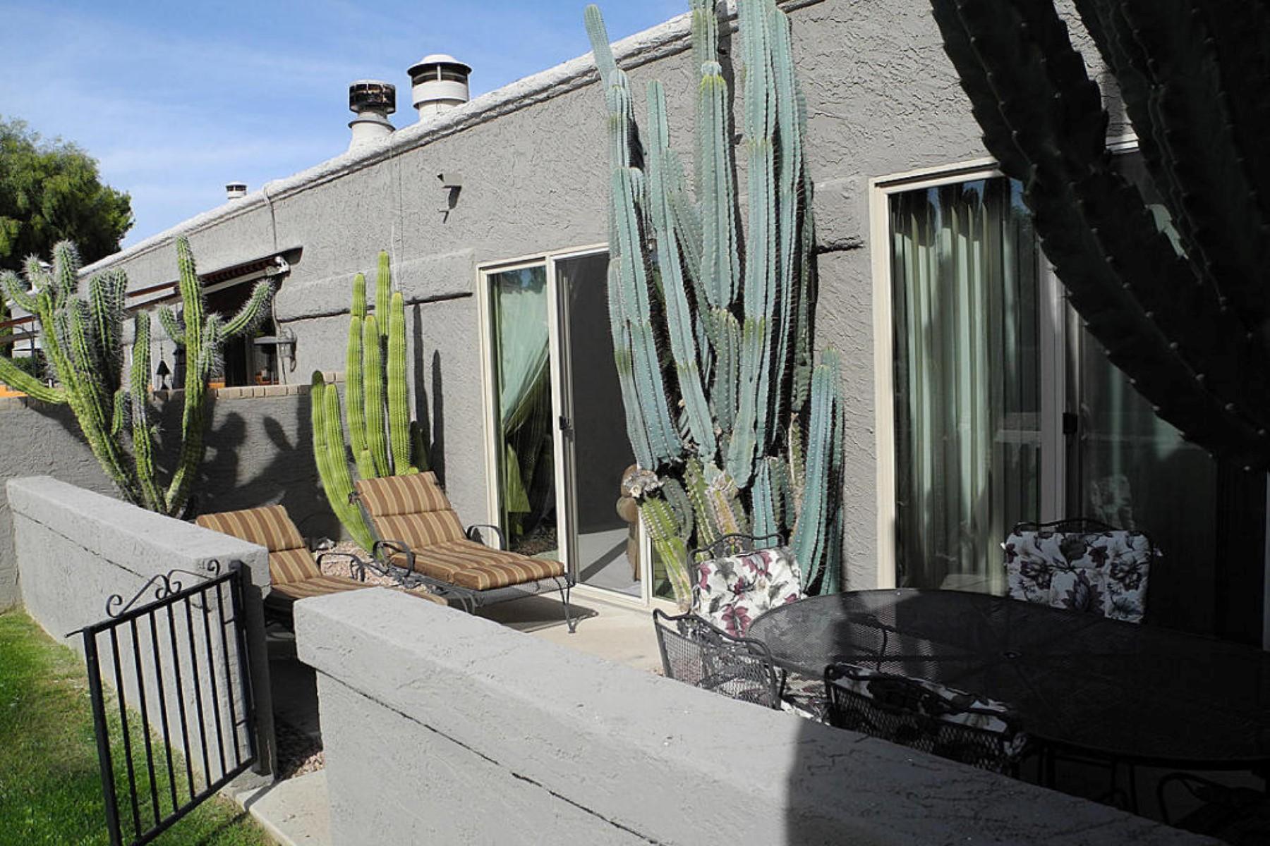 多棟聯建住宅 為 出售 在 Single level McCormick Ranch town home 7309 E Pleasant Run Scottsdale, 亞利桑那州, 85258 美國