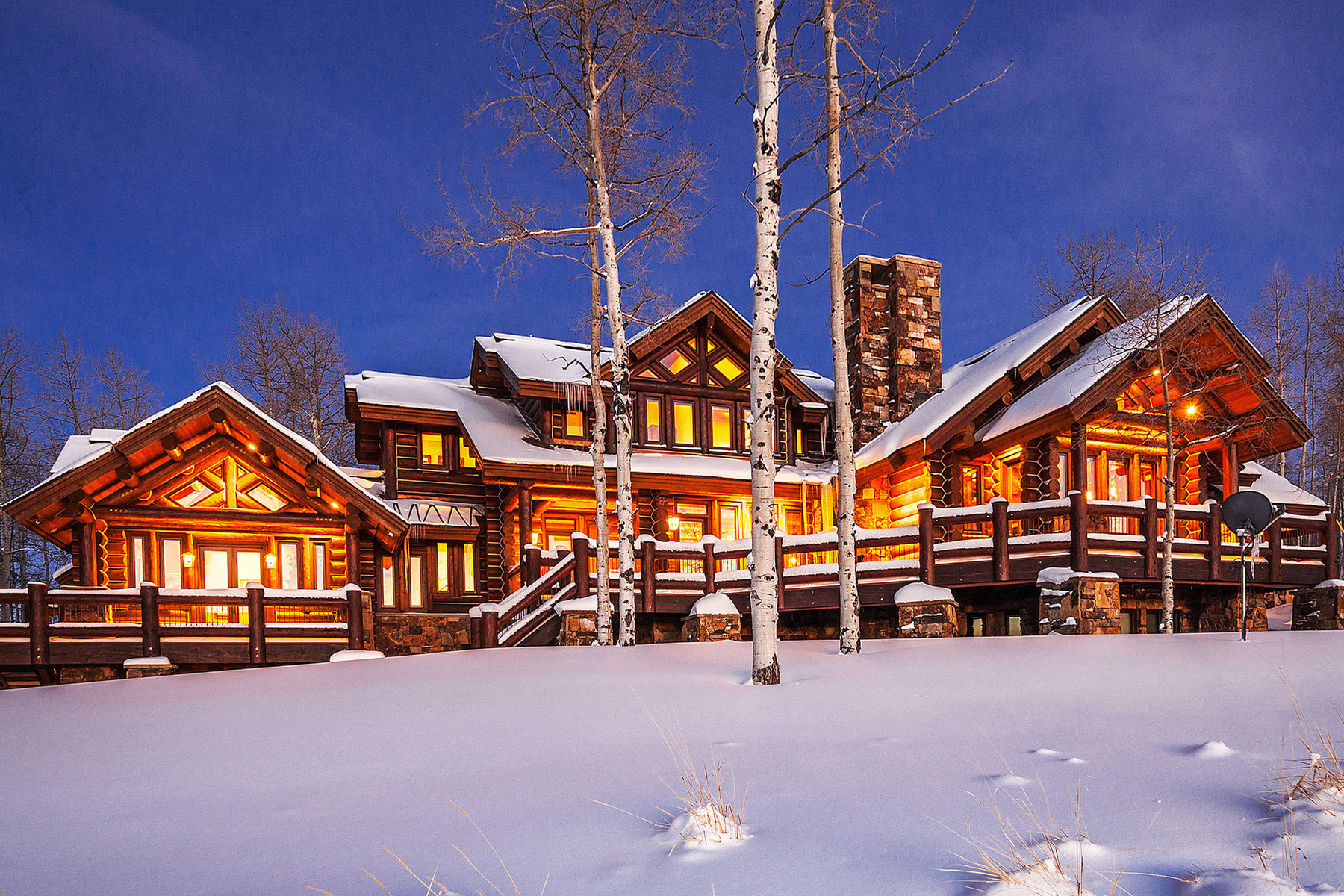 Casa Unifamiliar por un Venta en Magnificent Wolf Creek Ranch Log Estate on 160 acres 10845 E Wild Elk Meadows Woodland, Utah 84036 Estados Unidos