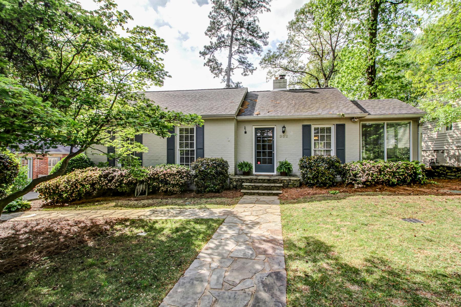 단독 가정 주택 용 매매 에 Loring Heights Charmer 382 Lofton Road NW Loring Heights, Atlanta, 조지아, 30309 미국
