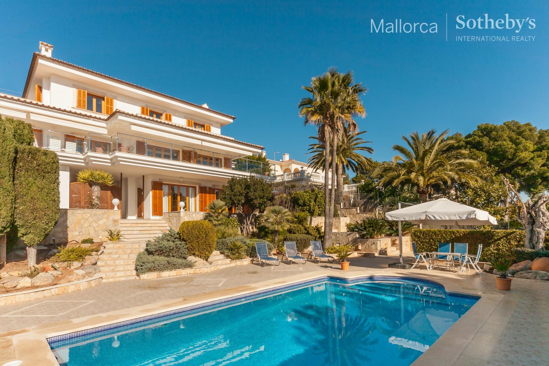 Einfamilienhaus für Verkauf beim Villa mit Meerblick in Bendinat Palma De Mallorca, Balearic Islands 07157 Spanien