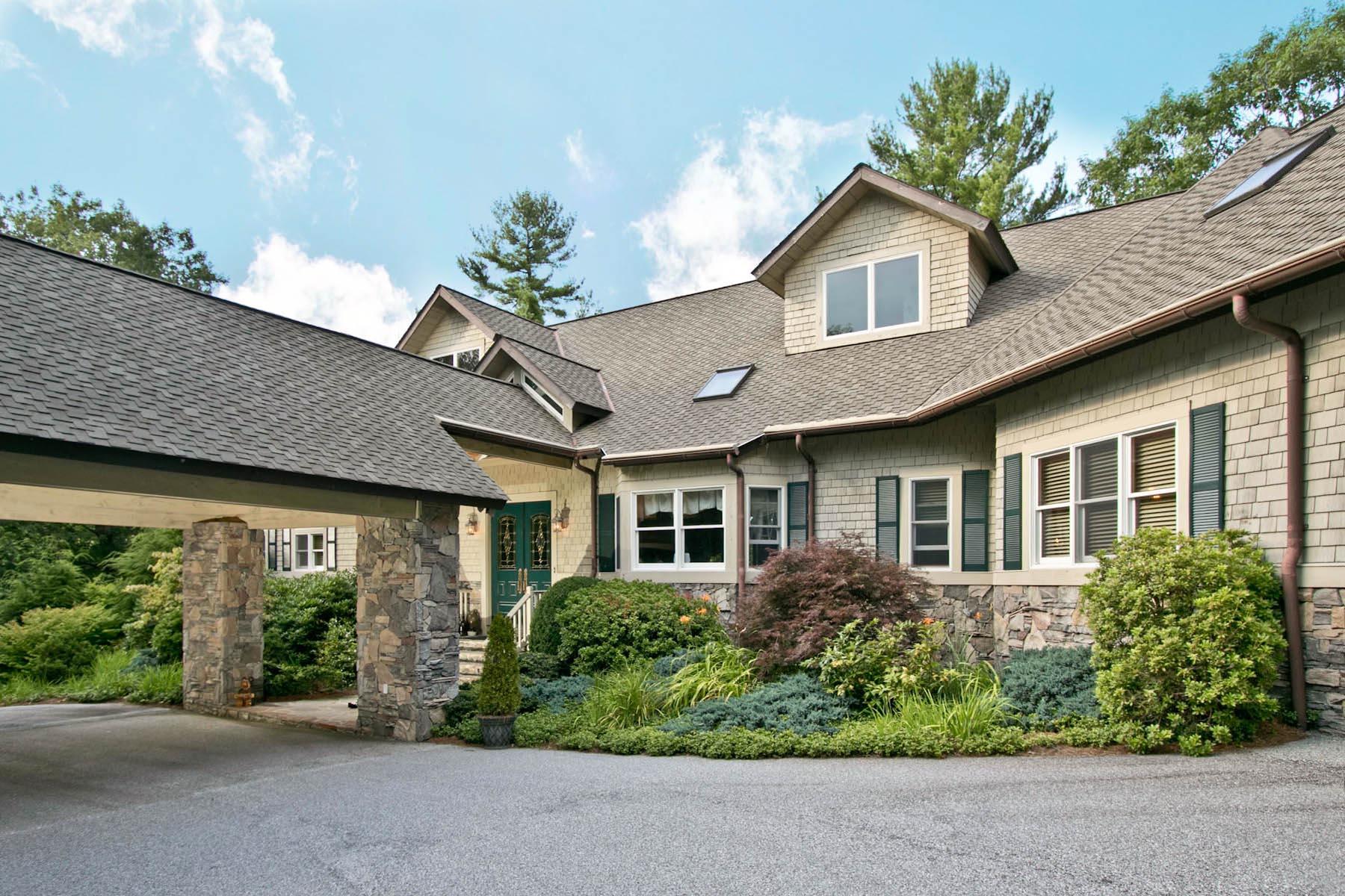 Casa Unifamiliar por un Venta en 1785 Cullasaja Club 1785 Cullasaja Club Drive Highlands, Carolina Del Norte, 28741 Estados Unidos