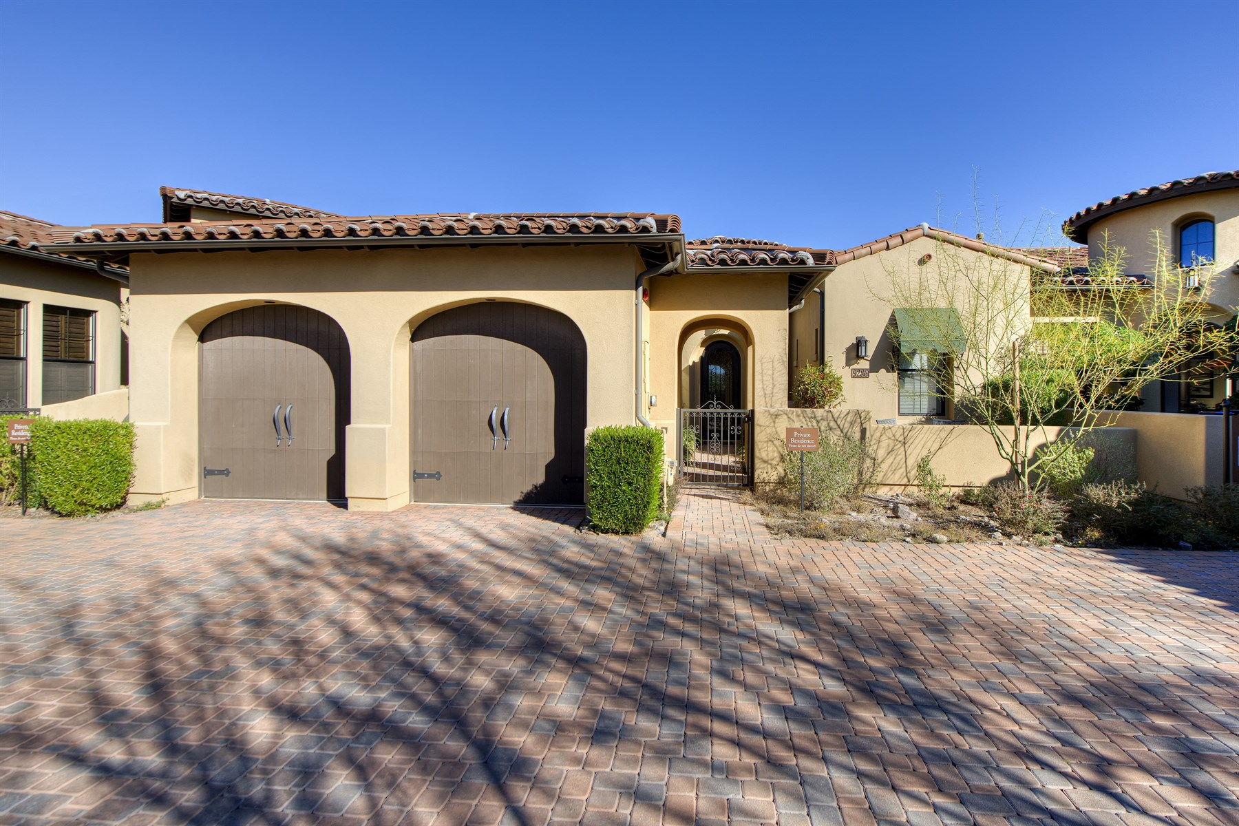 Moradia em banda para Venda às Gorgeous Home In The Heart Of North Scottsdale's Highly Desired Gated DC Ranch 9286 E Hoverland Rd Scottsdale, Arizona 85255 Estados Unidos