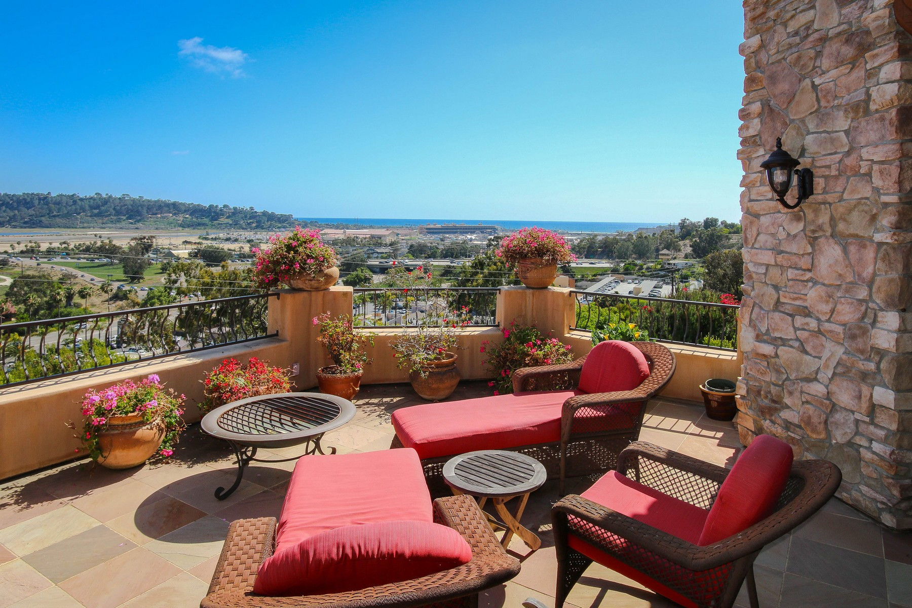 Single Family Home for Sale at 985 Jeffrey Road Del Mar, California 92014 United States