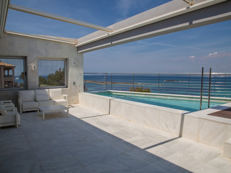 Apartment for Sale at Penthouse on the beachfront of Colonia Sant Jordi Other Balearic Islands, Balearic Islands, 07638 Spain