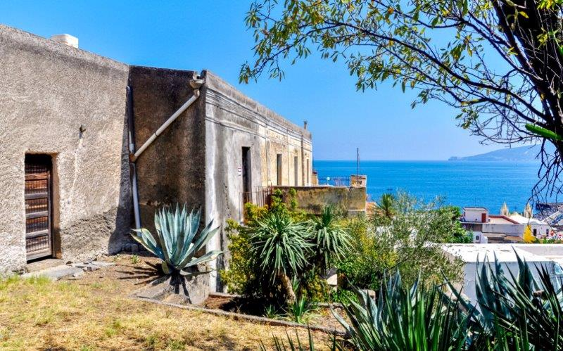 Additional photo for property listing at Ancient aeolian villa in Salina via Oberdan Other Messina, Messina 98050 Italia