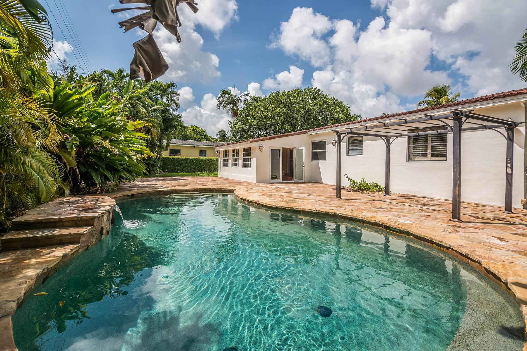 단독 가정 주택 용 매매 에 6622 Santora St Coral Gables, FL 33146 6622 Santona St Coral Gables, 플로리다 33146 미국