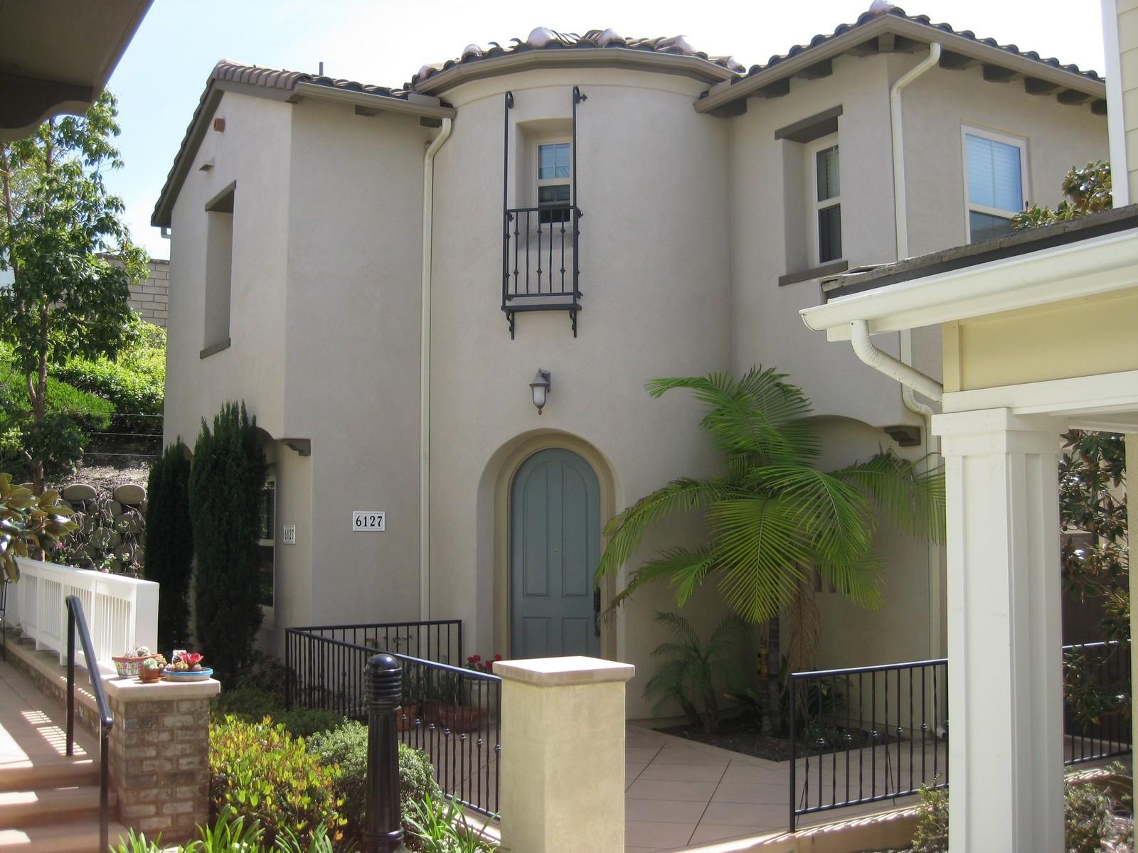 独户住宅 为 销售 在 6127 African Holly Trail 圣地亚哥, 加利福尼亚州, 92130 美国