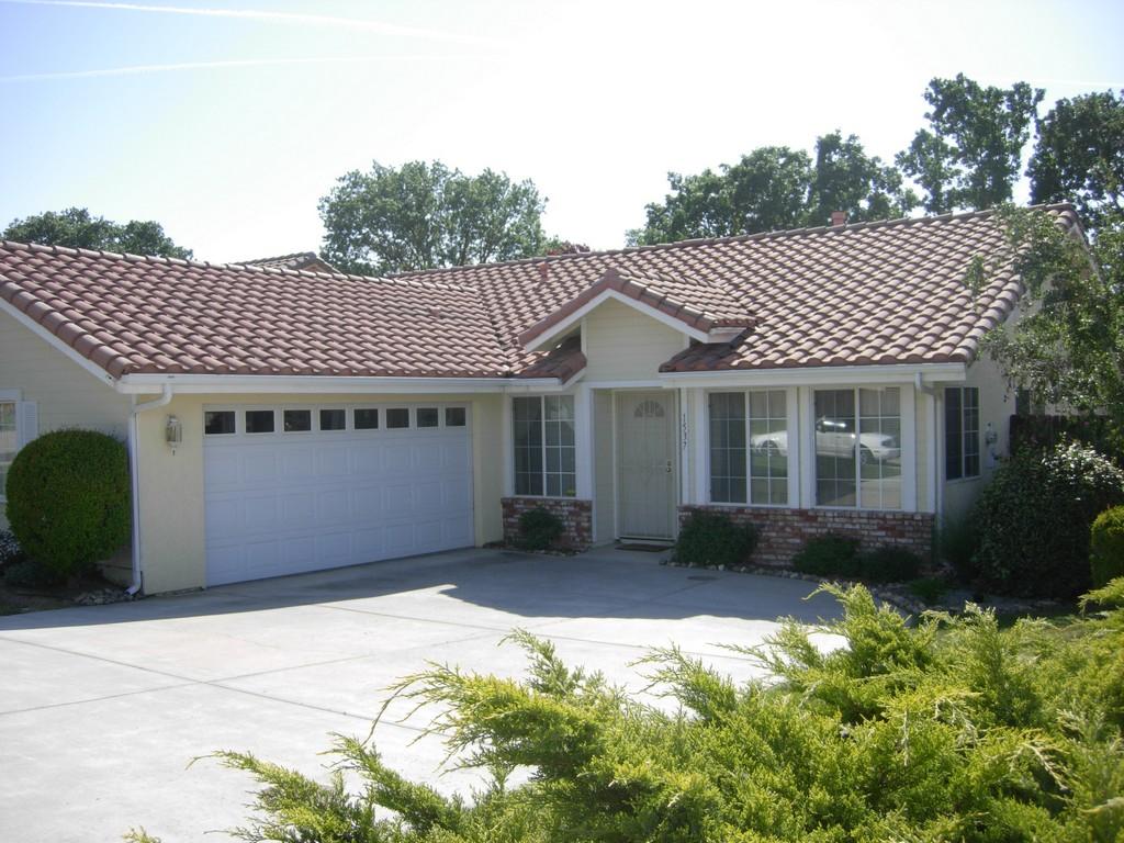 Single Family Home for Sale at Las Brisas 1537 Las Brisas Drive Paso Robles, California, 93446 United States