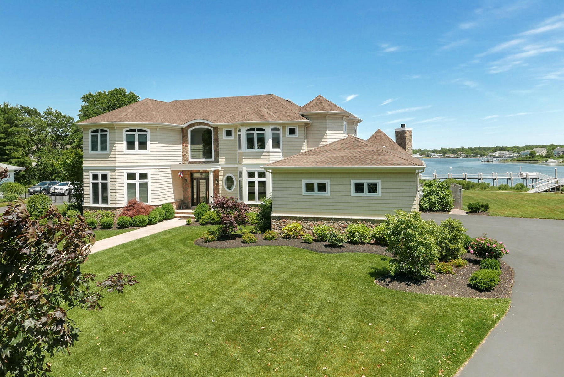 Single Family Home for Sale at Sophisticated Riverfront Home on the Shrewsbury River 74 Rivers Edge Dr. Little Silver, New Jersey, 07739 United States