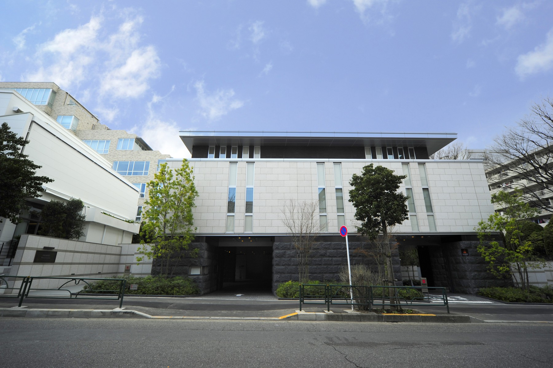 sales property at Premist Minami-Aoyama