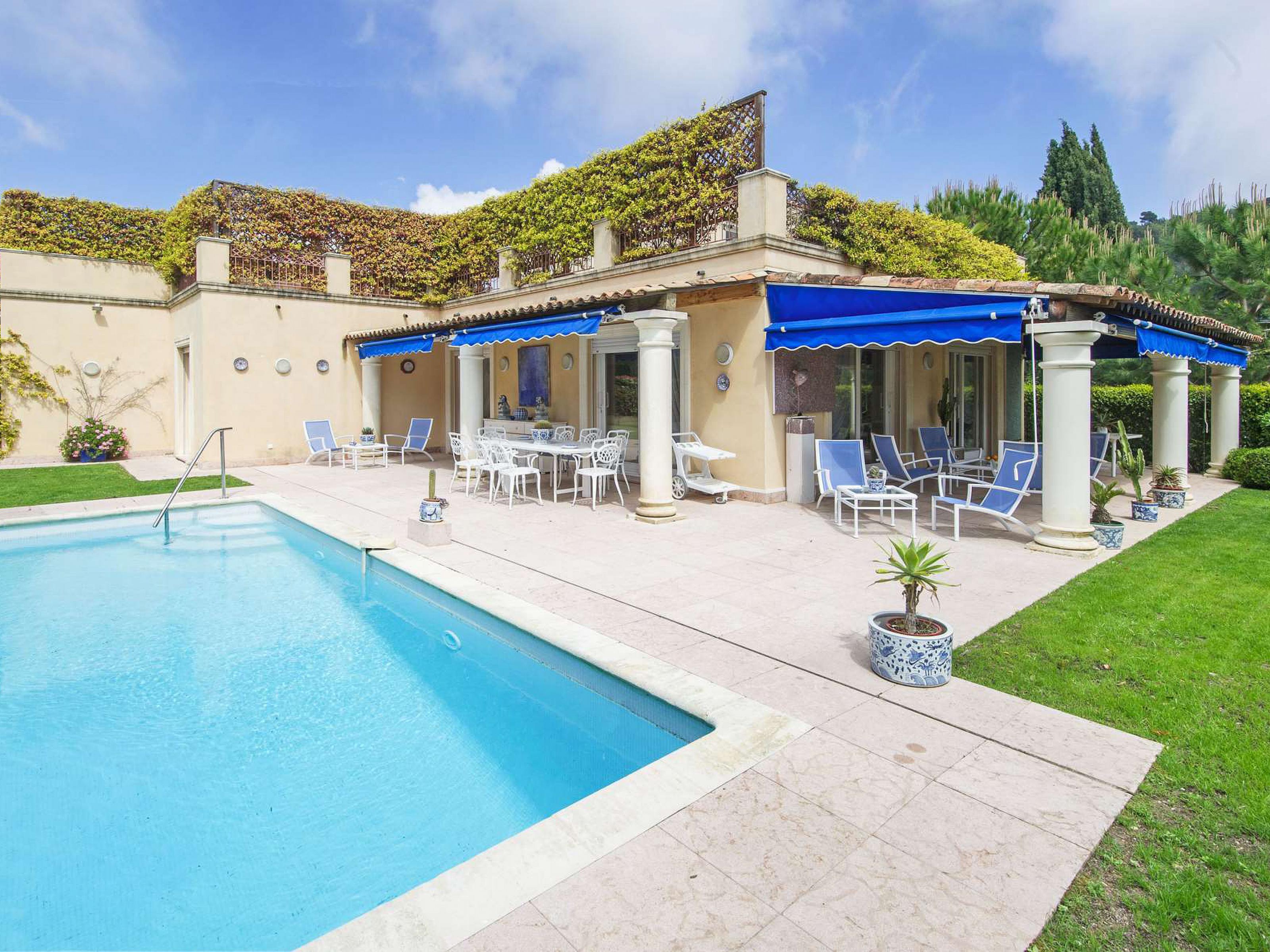 단독 가정 주택 용 매매 에 Lovely villa in a private domain with panoramic sea views Villefranche sur Mer Villefranche Sur Mer, 프로벤스 앞ㄹ프스 코테 D'Azur 06230 프랑스