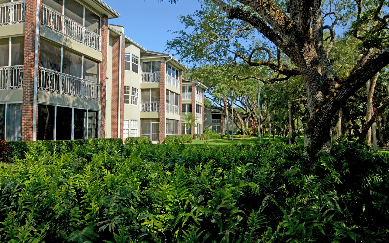 sales property at Bright and Spacious Condo in Indian River Shores
