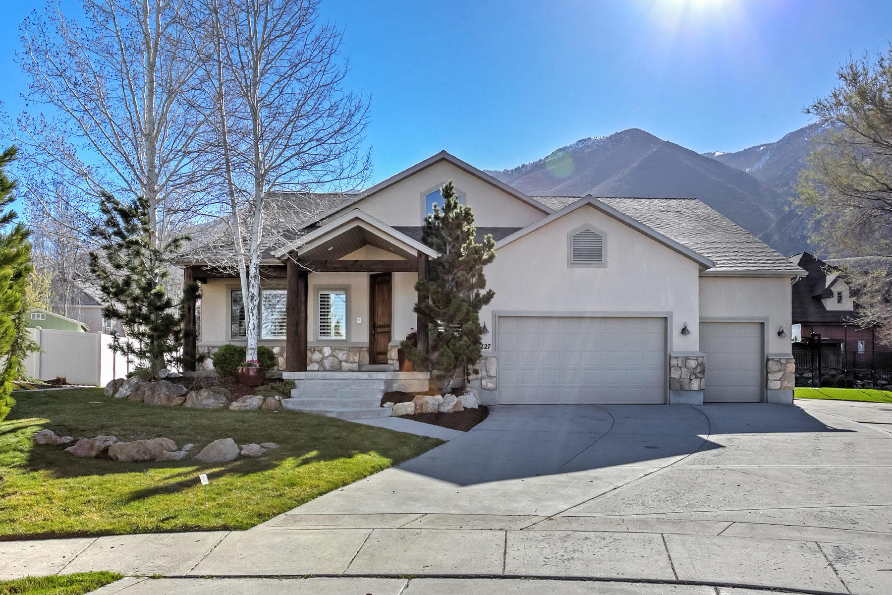Casa Unifamiliar por un Venta en Park City Style in Draper 12227 Wingfoot Ct Draper, Utah, 84020 Estados Unidos