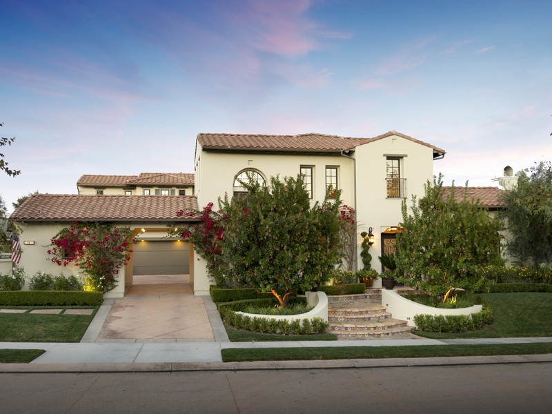 Single Family Home for Sale at 25415 Prado De Las Peras Calabasas, California 91302 United States