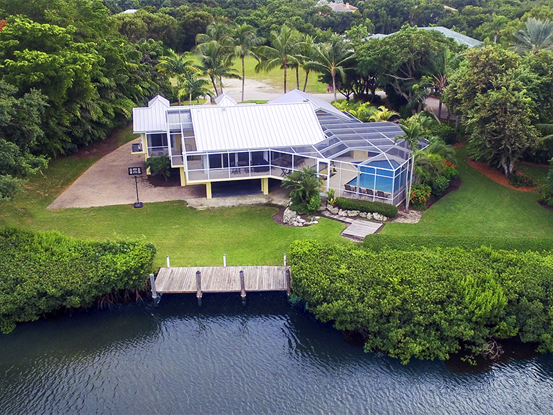 Additional photo for property listing at Captivating Waterfront Views at Ocean Reef 10 Harbor Island Drive Key Largo, Florida 33037 United States