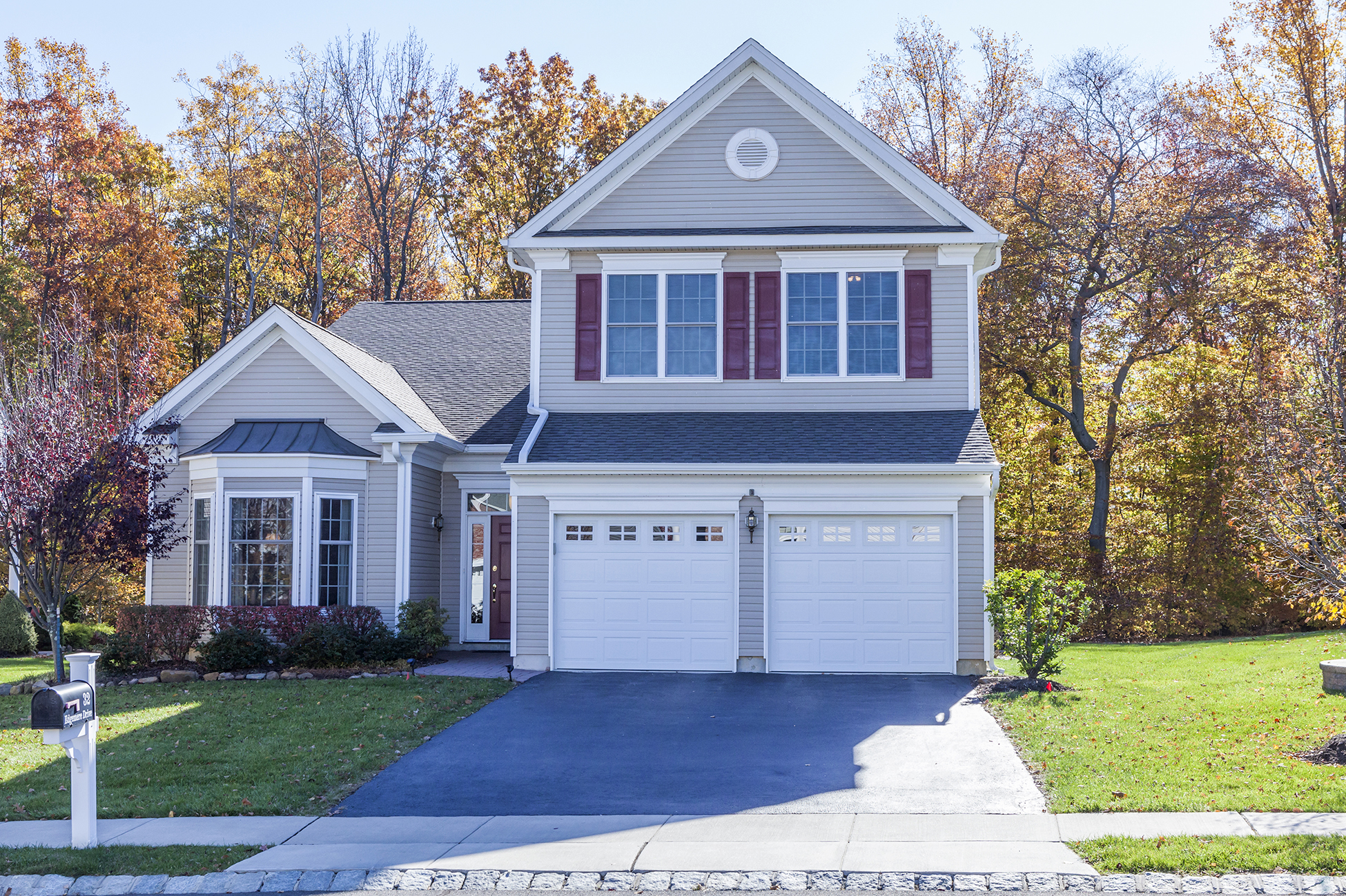 Single Family Home for Sale at Sun-Washed Elegance in Princeton Manor - South Brunswick Township 32 Edgemere Drive Kendall Park, New Jersey, 08825 United States