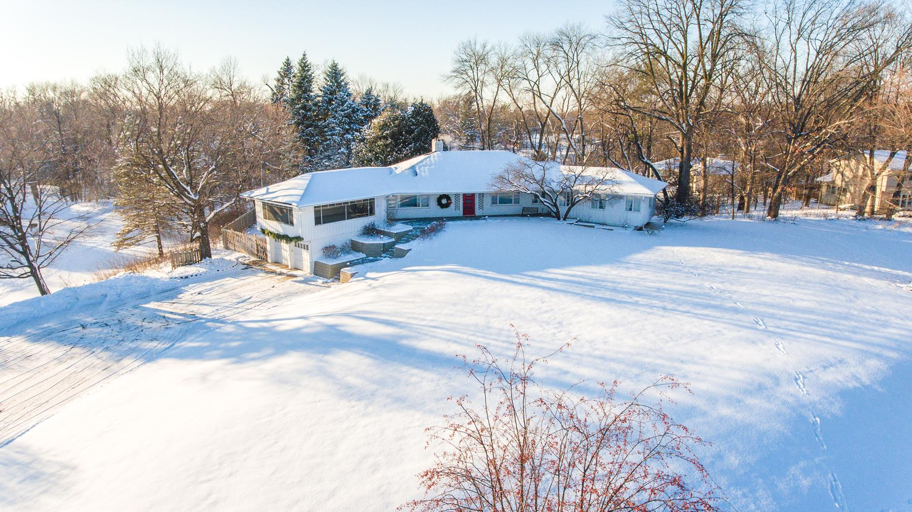 Single Family Home for Sale at 405 Narcissus Lane N Plymouth, Minnesota, 55447 United States