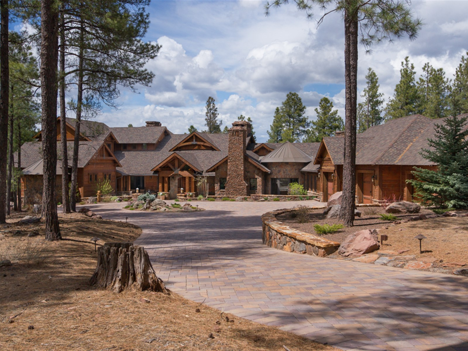 Casa para uma família para Venda às Extraordinary 'Crown Jewel' in Forest Highlands 2670 Andrew Douglass Flagstaff, Arizona 86004 Estados Unidos