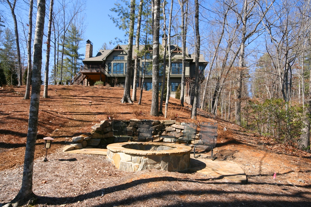 Single Family Home for Sale at Sublime Home on Prestige Waterfront Lot With State Park Views 206 Feather Bells Lane The Cliffs At Keowee Vineyards, Sunset, South Carolina 29685 United States