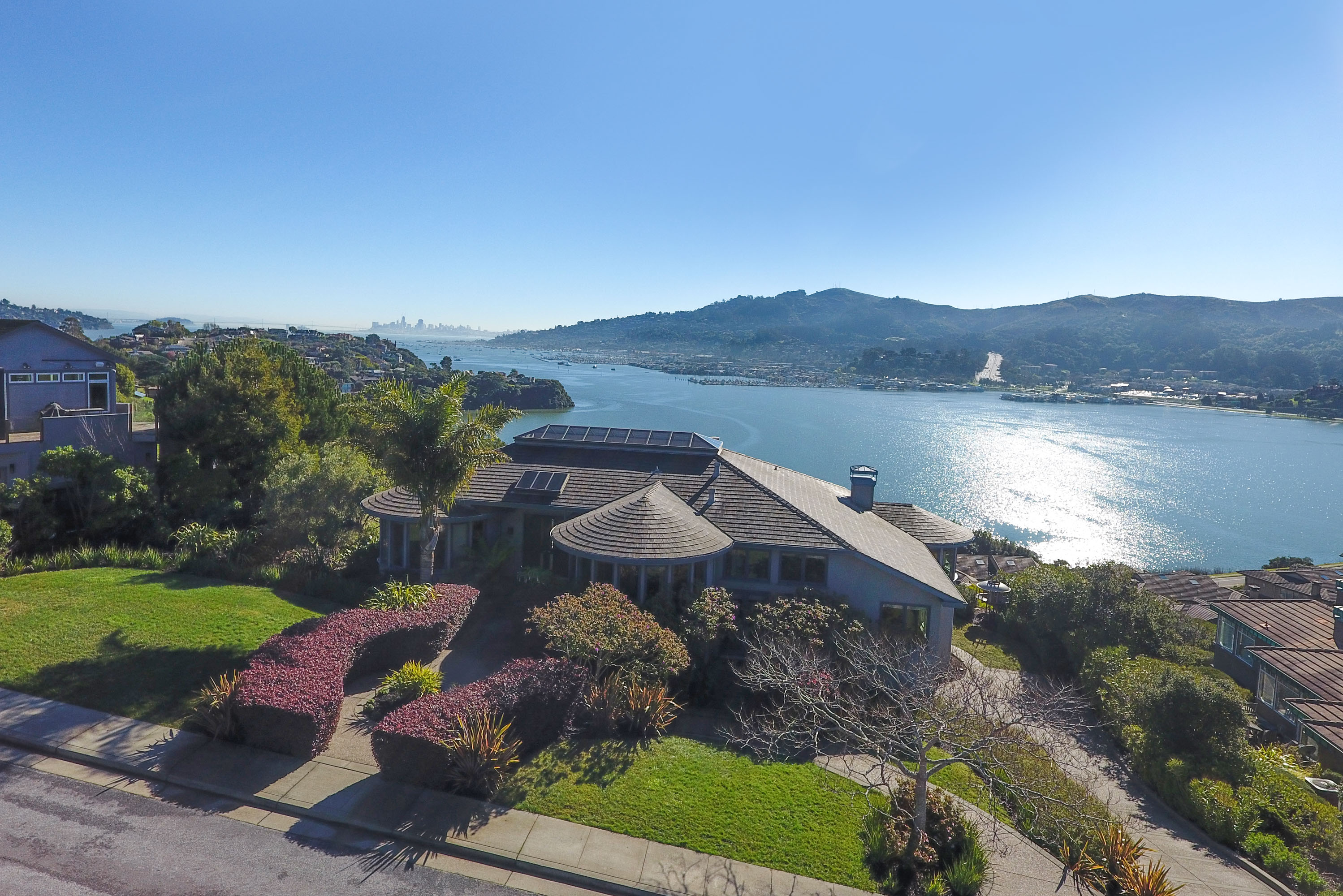 Single Family Home for Sale at Seminary Ridge--Location, Luxury and Views! 145 Chapel Dr Mill Valley, California 94941 United States