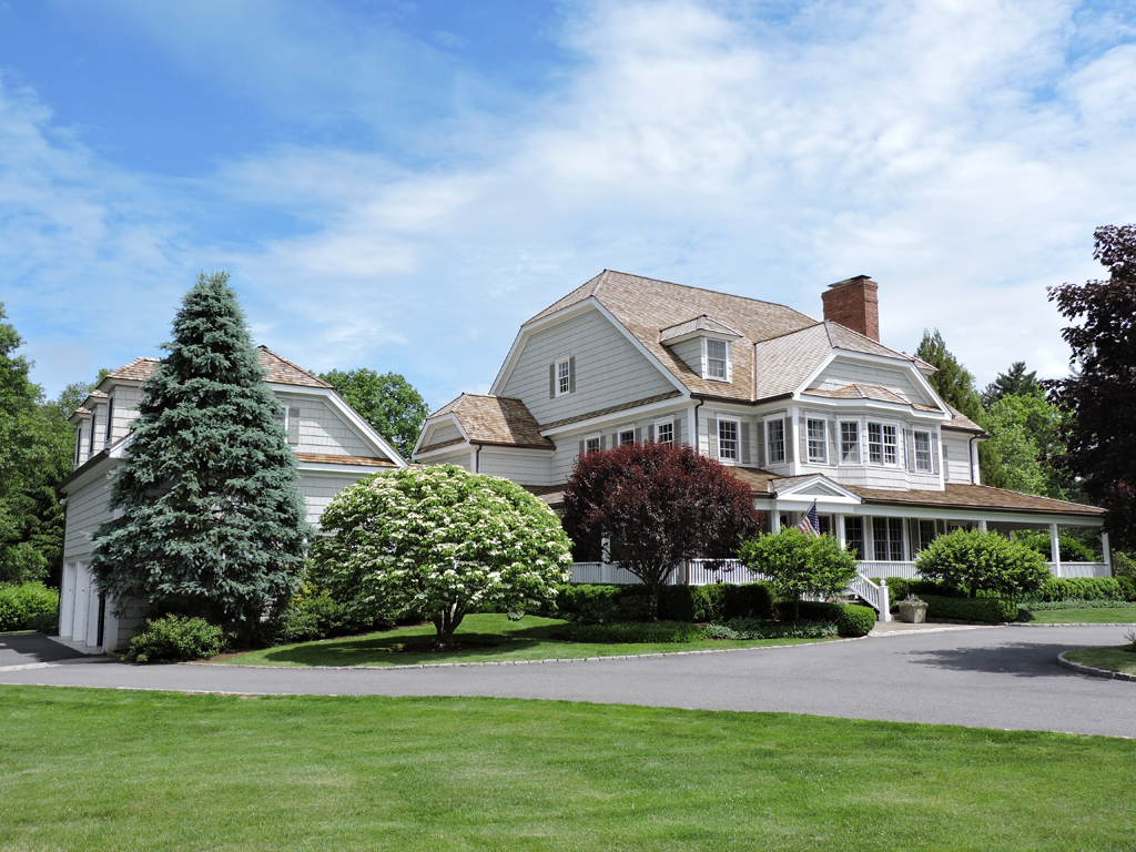 Single Family Home for Sale at Livable Luxury 21 Westfield Road Bedford Hills, New York 10507 United States