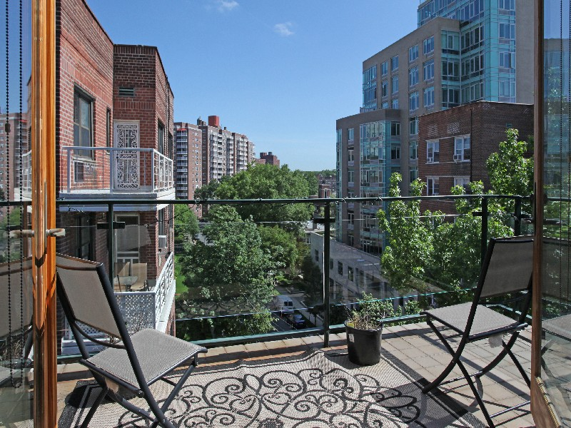 Property For Sale at Spectacular 2 BR w/Terrace & Views
