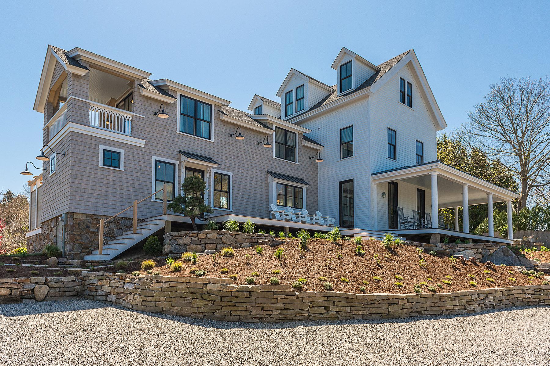 Villa per Vendita alle ore Greycote 18 Wauwinnet Avenue Watch Hill Village Westerly, Rhode Island 02891 Stati Uniti